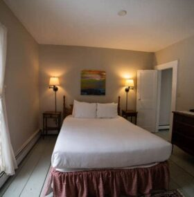 Two Room Suites, The Wildflower Inn